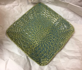 Square, doily plate